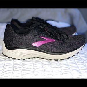 Brooks Women's Anthem 2 Running Sneakers